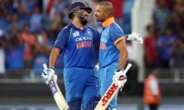 Rohit, Dhawan help India score 324/4 against NZ