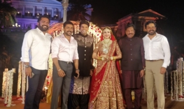 Suriya, Karthi attend Arya-Sayeesha wedding